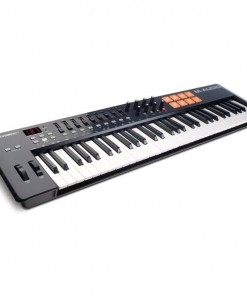 M-Audio OXYGEN 61 IV 25 Key USB Keyboard Controller